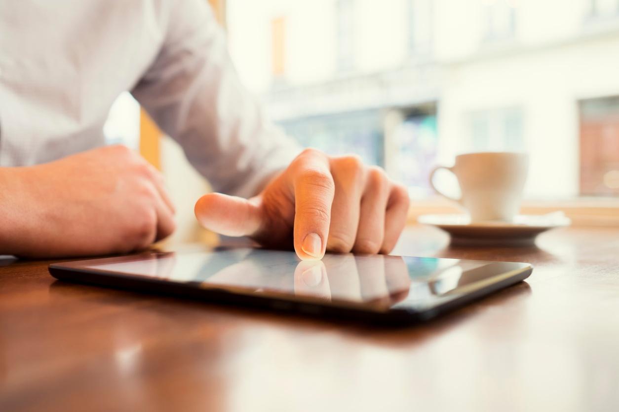 Mobile technology promises big rewards AND big risks .jpg